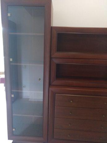 Шкаф со стекляяной дверью ДСП пр-ва Беларусь, цвет - вишня итальянская