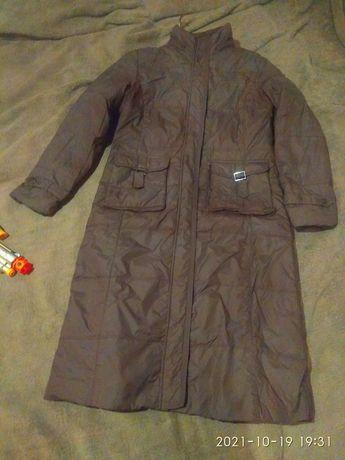 Продам куртку женскую зимний тёплая 10000тг