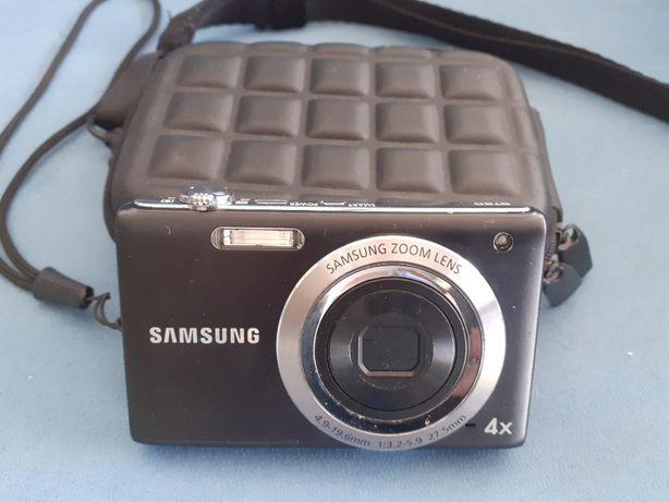 Vand Samsung aparat de poze + husa Hama, 12,2 Megapixel.