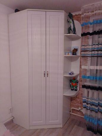 Продам угловой шкаф в идеальном состоянии
