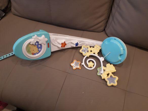 Бебешка играчка за креватче с проектор на звезди FisherPrice