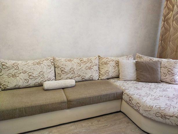 Продам диван для гостиной комнаты