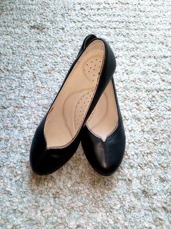 Дамски обувки български