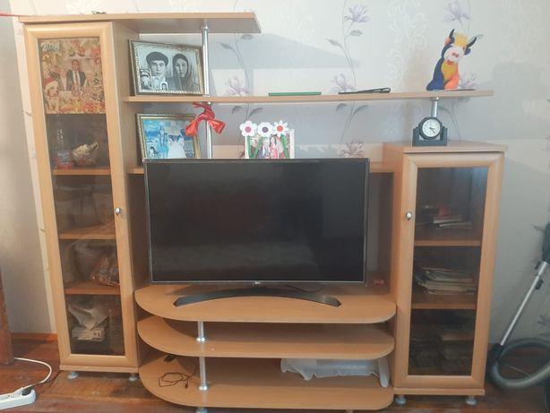 Продам шкаф под телевизор