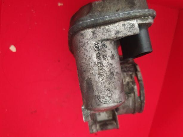 Clapeta acceleratie VW Passat B6 2.0TDi buz 163cp 03g128063b