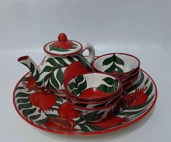 Традиционная посуда ручной работы.