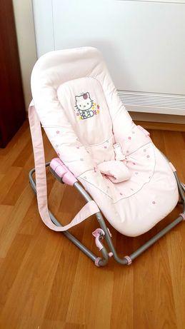 Бебешки шезлонг Hello Kitty в отлично състояние !