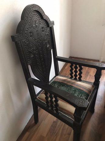 Set mobilier vechi lemn masiv, birou stil brancovenesc/neoromanesc.