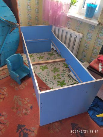 Кровать детская в хорошем состоянии