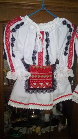 costume populare BEBELUSE