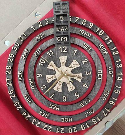 Вечен дървен календар с часовник и Стойностната розета от Плиска