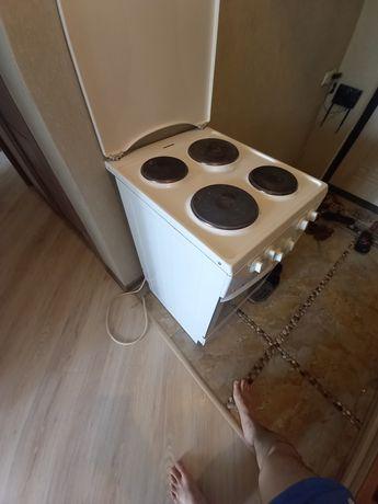 Продам срочно плиту электрическую