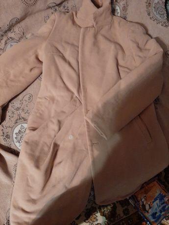 Отдам даром пальто размер 46-48