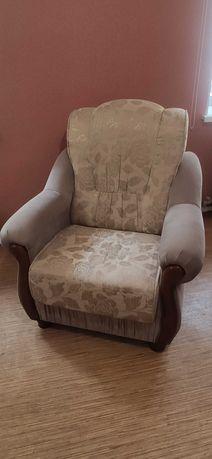 Продам комплект, два кресла и диван