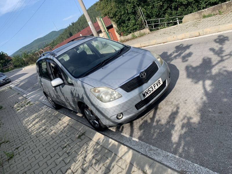 На Части Toyota Coralla verso Тойота Корола Версо 2.0 д-4д d-4d гр. Костенец - image 1