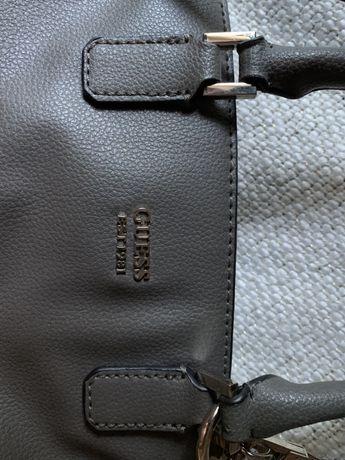 Vand geanta Guess originala