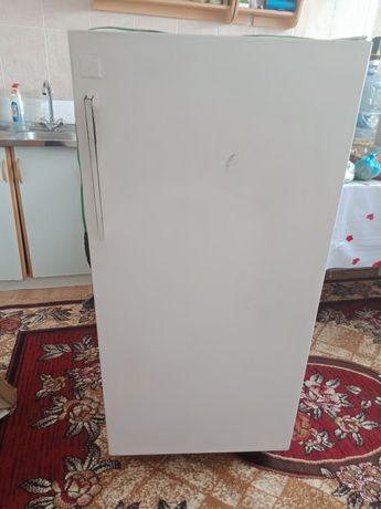 Холодильник сатылады жагдайы жаксы истеп тур озимиз баскасын алган сон