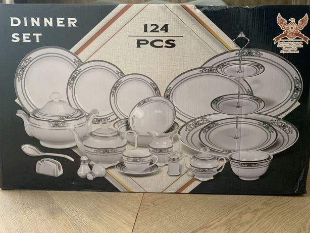 Чайно-столовый сервиз на 12 персон 124 предмета.