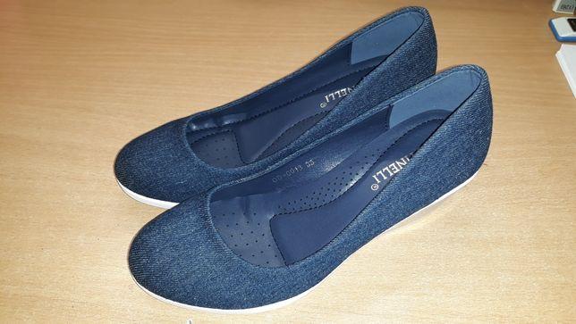 Pantofi cu talpă ortopedică