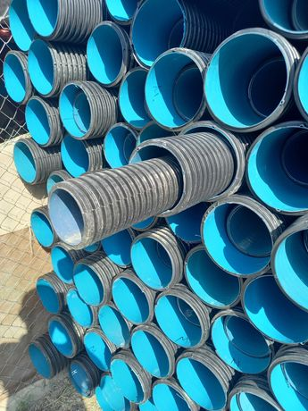 Рефлёное конализационые гофра трубы водопроводные трубы жако сантехпла