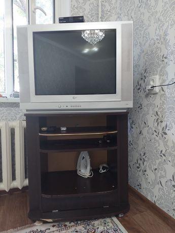 Телевизор өте жақсы состояниеде