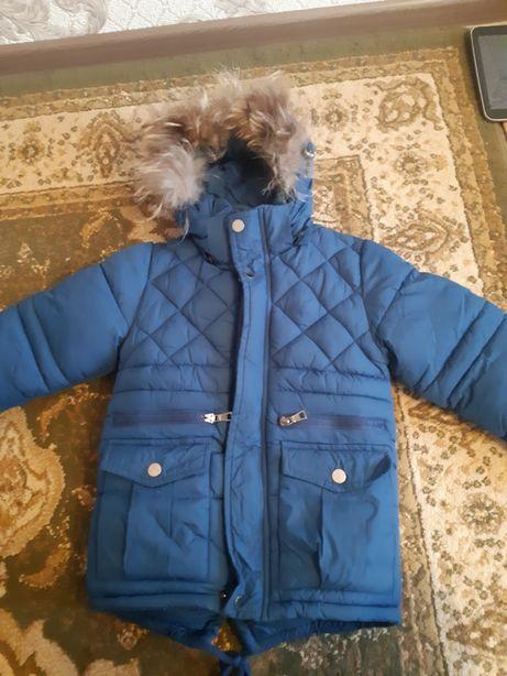 Куртка детская на 5-6 лет