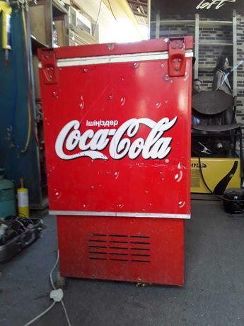 Холодильник-ларь для напитков Coca-Cola