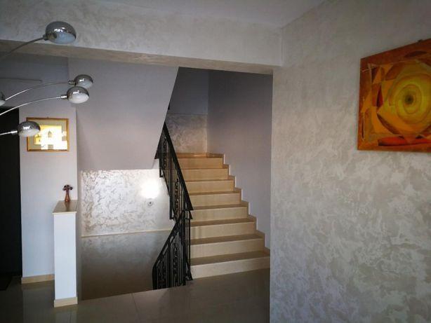Proprietar Inchriez apartamente de lux cu 1 sau 2 camere central