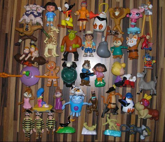 Lot de aprox. 240 jucarii - figurine majoritare Happy Meal - McDonalds