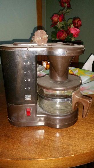 """Шварц """" машина """" за кафе и чай ."""