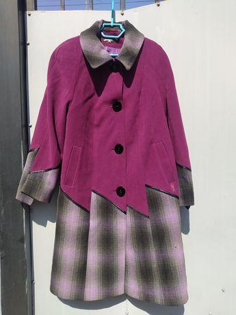Продам пальто бу в нормальном состоянии