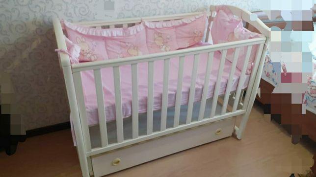 Продам детскую кровать.