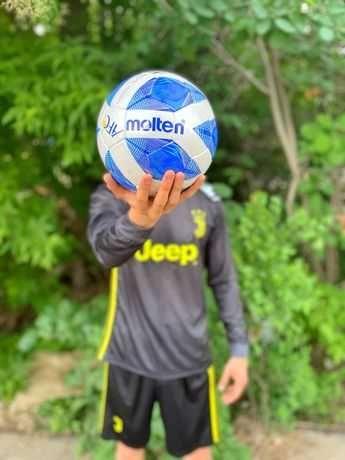 футбольный мяч 4ка molton