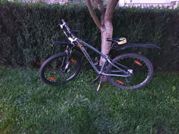Vând bicicleta MTB Stone