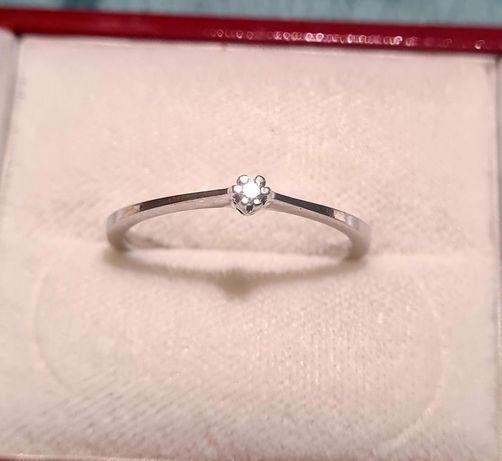 златен пръстен диамант