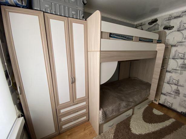 2х ярусная кровать со шкафами