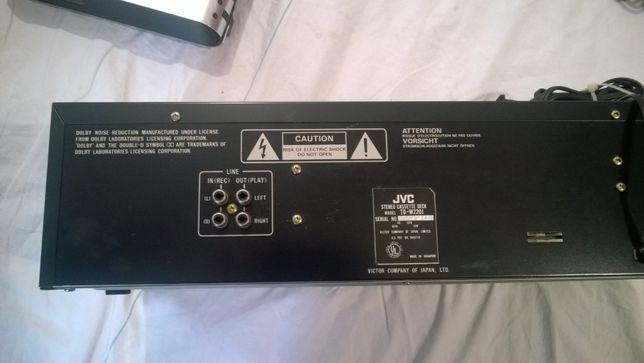 JVC stereo double casette deck TDW 220