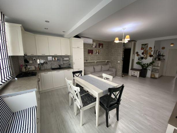 Apartament 3 camere in Valea Adanca