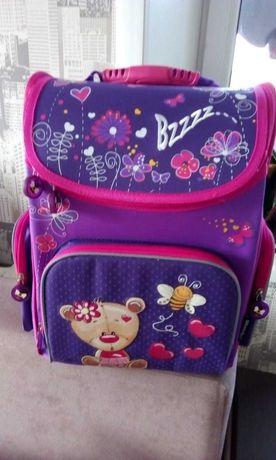 Школьный рюкзак, ранец