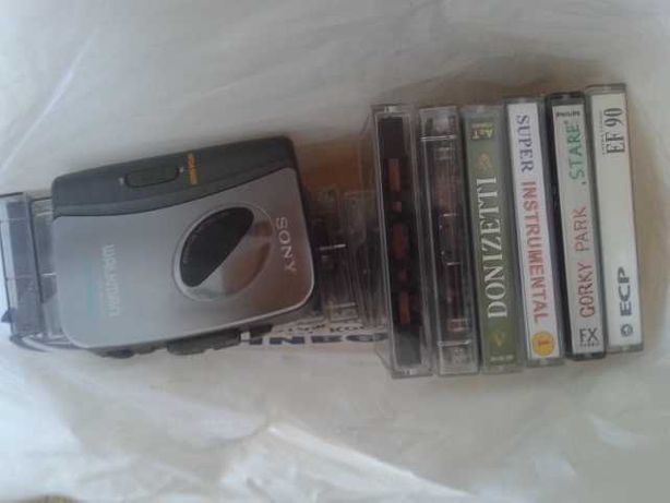 аудиплэйер и аудиокассеты