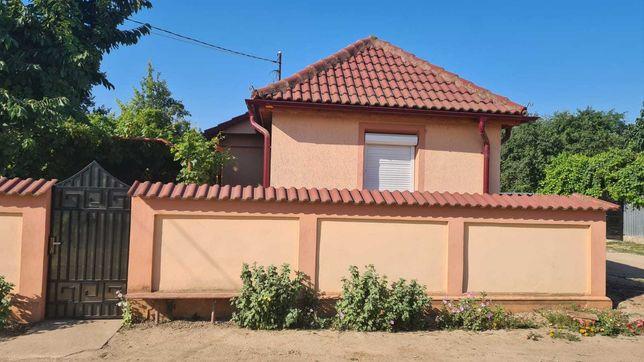 Vand casa mobilata in comuna Cetate