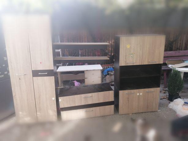 Mobila dormitor/living
