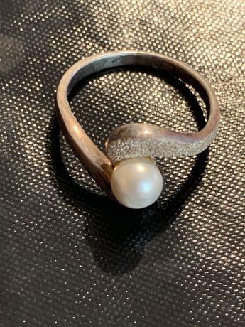 Inel argint cu perla 875