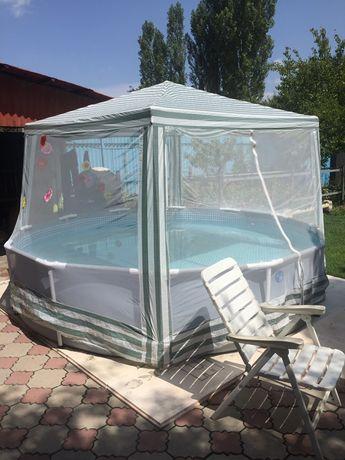Продам бассейн в отличном состоянии полный комплект + подарок