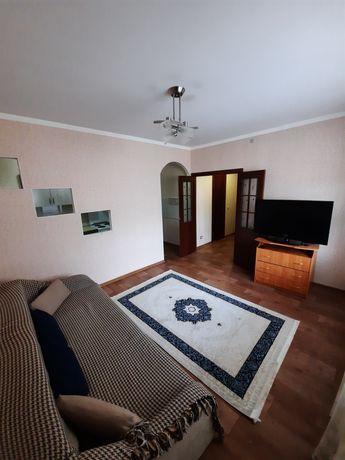 2-х комнатная квартира суточно Левый берег