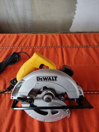 Продавам електрически циркуляр DeWalt