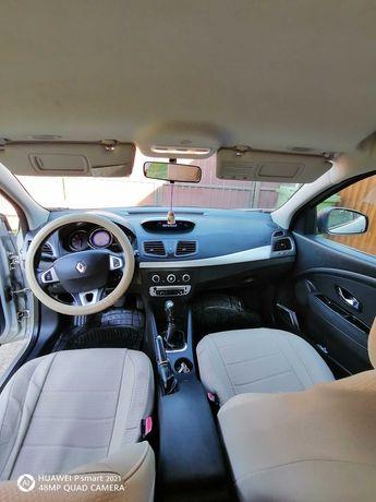 renault megane 3 hatchback 2013/1.5 dci/ 110 cp