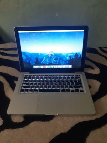 """Macbook pro 13"""" 2010 в отличном состоянии"""