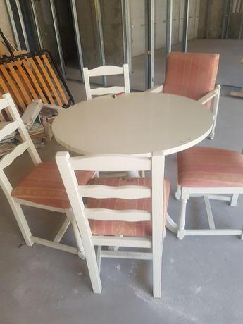 Masa rotunda plus 4 scaune