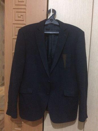 Пиджаки муж. р48-50-52; куртка муж.подр 158см